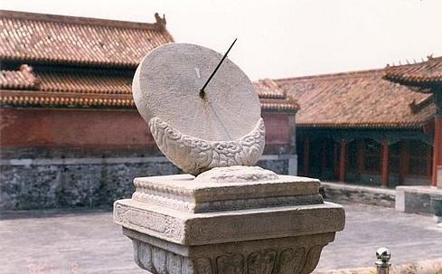 Солнечные часы древнего Китая