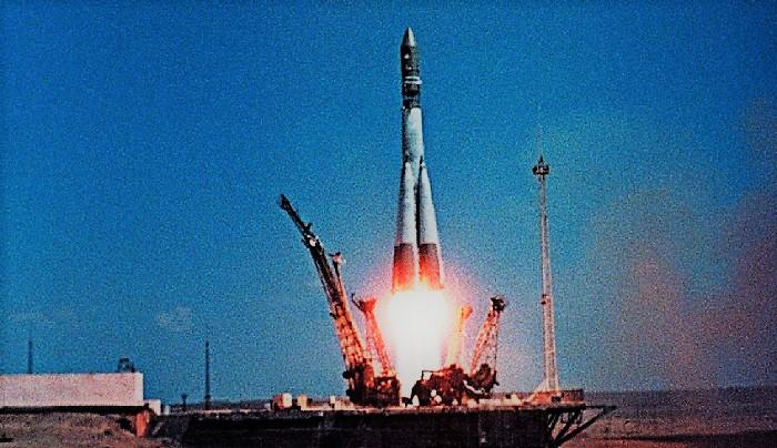"""Старт ракеты """"Восток-1"""" 12 апреля 1961 года"""