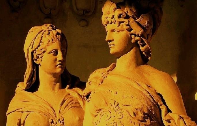 Артемида и Аполлон скульптура древней Греции)