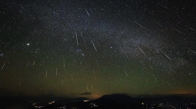 Метеорный поток (изображение)