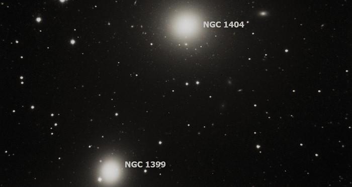 NGC 1399 и NGC 1404