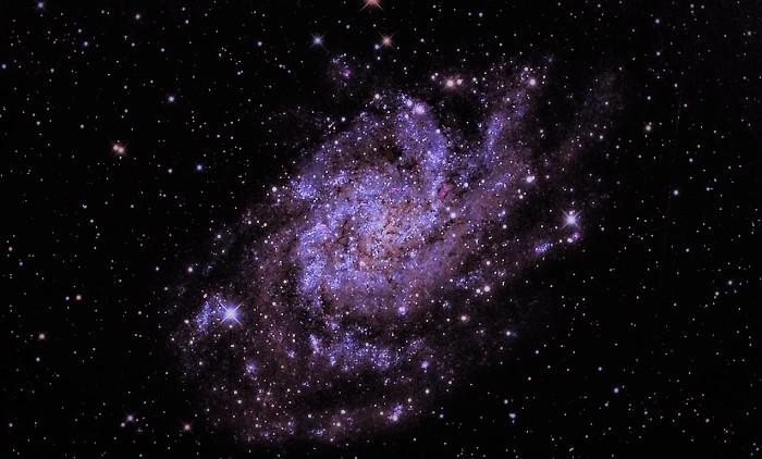 Галактика Треугольника (M33)
