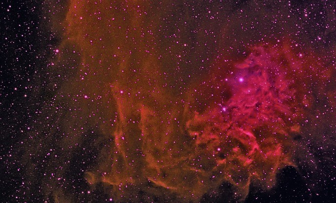 Туманность Пламенеющей Звезды (IC 405)