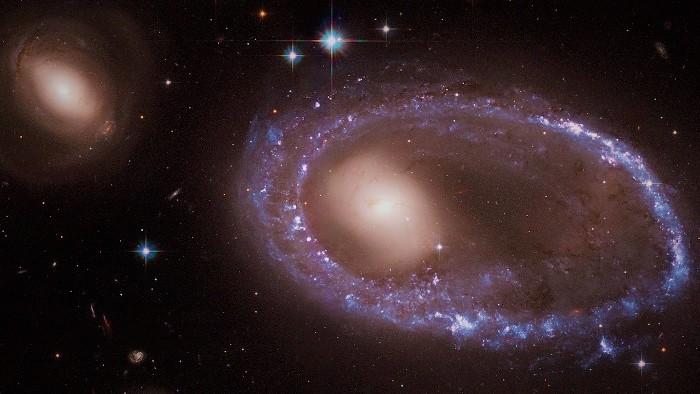 Галактика Кольцо Линдси-Шапли