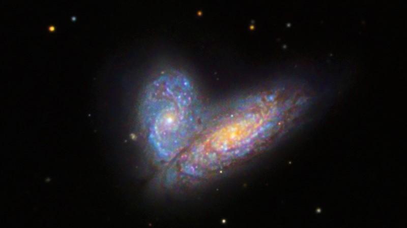 Галактическая пара Сиамские Близнецы