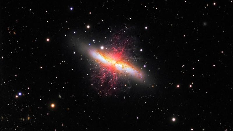 Сигара (Мессье 82)