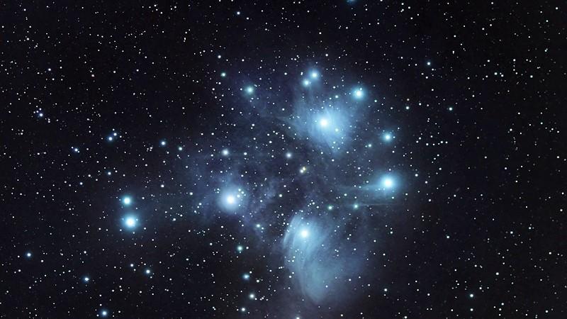 Плеяды (M45)