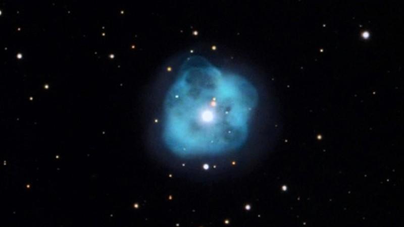 Туманность Хрустальный Шар (NGC 1514)
