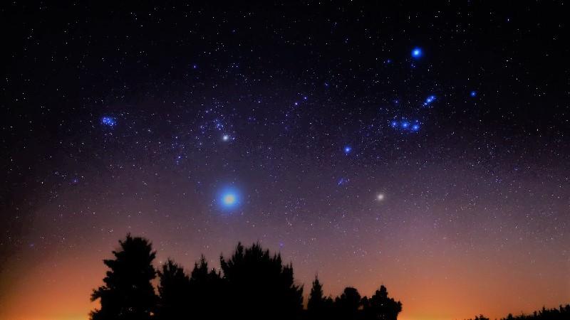 Яркие звёзды на небе