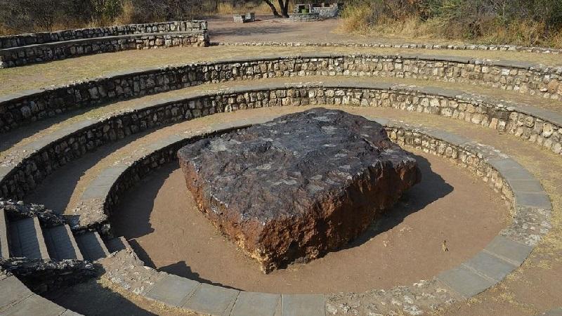 Метеорит Гоба (самый большой)