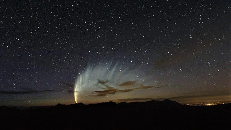 Комета C/2006 P1 (Макнота)