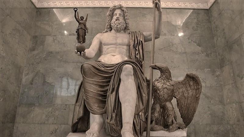 Скульптура Бога Юпитера