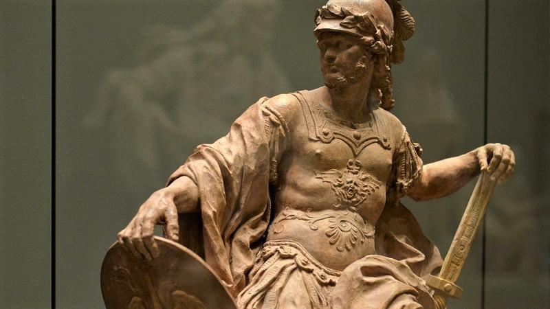 Скульптура бога Марса