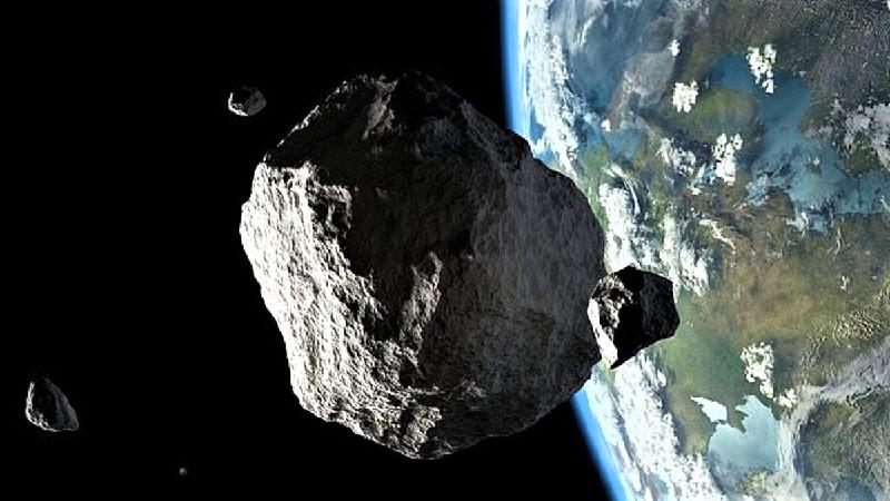 Астероид вблизи Земли (изображение)