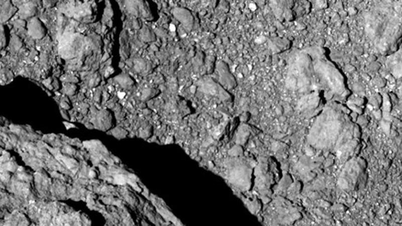 Поверхность астероида (изображение 2)